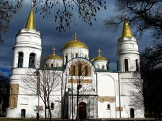 Спасо-преображенский собор в Чернигове, западная сторона.