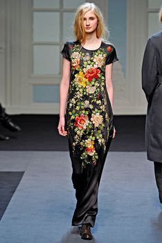 Paul Smith Fall 2011 RTW - Review - Fashion Week - Runway, Fashion Shows and Collections - Vogue - Vogue