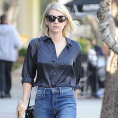 Emma Roberts Keep It Simple While Shopping In West Hollywood - http://oceanup.com/2015/12/25/emma-roberts-keep-it-simple-while-shopping-in-west-hollywood/
