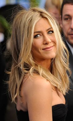 Jennifer Aniston. She's still soo beautifull. ♥