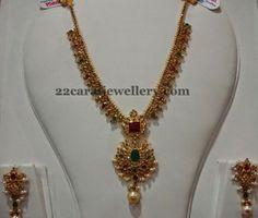 Uncut Diamond Gold Necklace in Simple Design - Latest Indian Jewellery Designs Simple Necklace Designs, Gold Necklace Simple, Gold Jewelry Simple, Necklace Set, Emerald Necklace, Choker Necklaces, Stone Necklace, Simple Designs, Gold Bangles Design