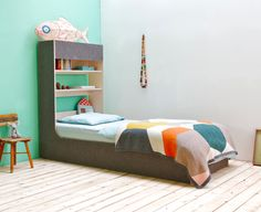 The Upndown bed. Can be used as a traditional bunk bed, as two stand-alone beds, or in creative combinations like this.