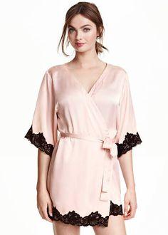 7 Gorgeous Silky Robes to Gift Your Bridal Party Satin Kimono 2d7eeb282