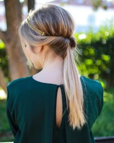 twisted topsy ponytail with poof and head chain