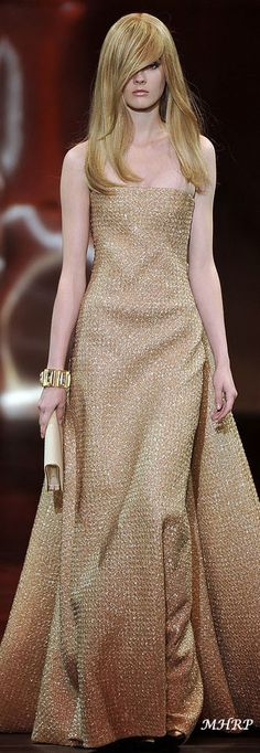 runwaymania: Giorgio Armani Privé F/W Haute couture collection Pairs Couture Fashion, Runway Fashion, High Fashion, Fashion Show, Gold Fashion, London Fashion, Indian Fashion, Luxury Fashion, Women's Fashion