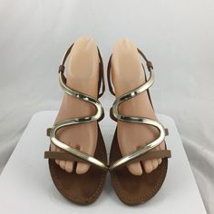 7f7f77c4ad1c8 Steve Madden Baden strappy Flat Sandals Size 9.5M slip on shoes brown Gold  Strap