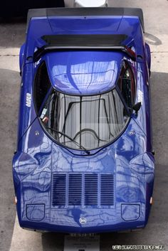 _Lancia Stratos - One of the most beautiful cars ever made and one of the last cars ever to win the World Rally Championships. Ferrari, Lamborghini, Maserati, Lancia Delta, Futuristic Cars, Rally Car, Amazing Cars, Hot Cars, Cars And Motorcycles