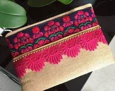 Hand Crafted Handbags & Accessories by BohoChicCollection on Etsy Jute Fabric, Floral Clutches, Birthday Gifts For Her, Casual Bags, Clutch Bag, Sewing Projects, Creations, Purses, Spring Trends