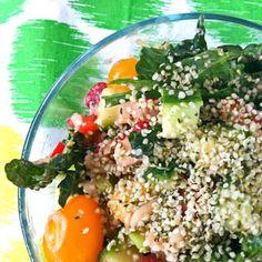Strawberry Mango Kale Salad : Maria Makes Muffins * Minneapolis Clean Eating + Living *