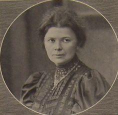 Josephine Siebe (* 10. November 1870 in Leipzig; † 26. Juli 1941 ebenda) war eine deutsche Redakteurin und Kinderbuchautorin.