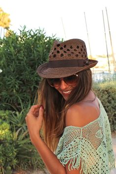 -Beach Boho Chic Trendy Taste love the hat and shirt
