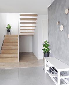 Interior And Exterior, Interior Design, Dere, Nordic Home, House Stairs, House Inside, Hallway Decorating, Beautiful Interiors, Stairways