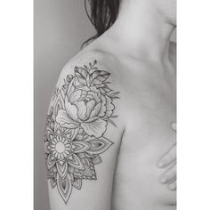 Peonies on thigh tattoo people toronto jess chen for Fake tattoo sleeves toronto