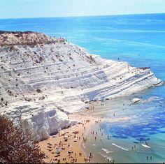Scala dei Turchi Sicily #italy #MOLDIV