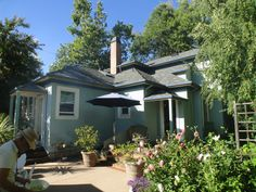 201 S. 17th St San Jose. This is a gorgeous restored Victorian home 4 br 3 bath. It sold for $950,000. Nice property!