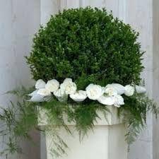 Risultati immagini per fiori matrimonio chiesa sfere