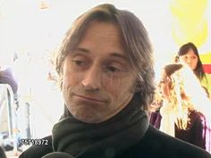 Robert Carlyle is a cool guy. Jared Gilmore, Scottish Man, Sean Maguire, Josh Dallas, Emilie De Ravin, Rumpelstiltskin, Robert Carlyle, Secret Crush, Colin O'donoghue
