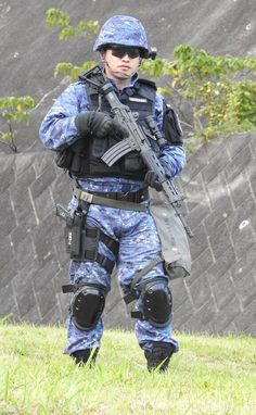 Military Brat, Military Special Forces, Military Pictures, Modern Warfare, Warriors, Samurai, Spiderman, Japan, Technology