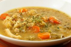 Low fodmap Chicken and rice soup Soup Recipes, Diet Recipes, Cooking Recipes, Chicken Rice Soup, Stuffed Whole Chicken, Fodmap Recipes, Soup And Salad, Soups And Stews, Spicy