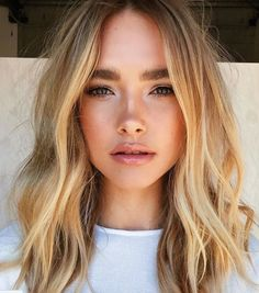 ☆ Follow us @popcherryau for more hair inspo ☆ wavy // short hair // blonde // pretty