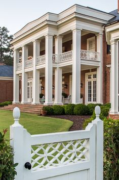 With a proliferation of McMansions and generic white boxes cluttering the housing landscape, it is growing increasingly difficult to find architects who embrace fine classical architecture. And the…