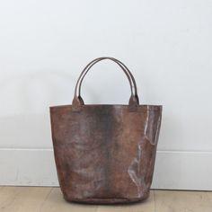 brown-bucket-leather-bag-vdc-for-la-liane.jpg 1,700×1,700 pixels