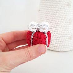 Amigurumi Lady Peacock Free English Crochet Pattern - Crochet.msa ... | 236x236