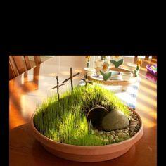 Easter Garden http://thefrugalhomemaker.com/2012/04/06/friday-fun-frugal-finds-an-easter-garden-tutorial/