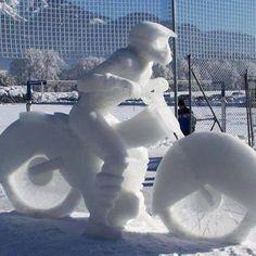 Snow moto
