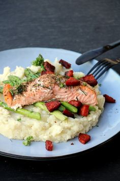 Dinner Is Served, Chorizo, Risotto, Food And Drink, Keto, Fish, Ethnic Recipes, Health