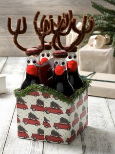 10 DIY Gift Wrap Ideas using Mod Podge, including these adorable reindeer (super cute hostess gift idea!!)