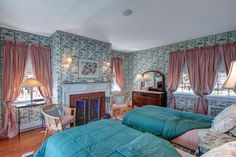 """The """"Sogno"""" (""""Dream"""") Room at #WinterwoodatPetersham, with wood floors, a fireplace, and ensuite full bath. #Bedandbreakfastforsale http://www.19northmainstreet.com"""