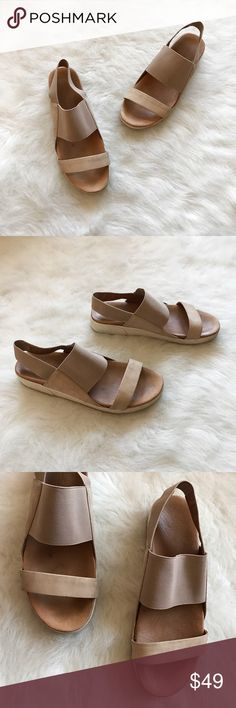 Gentle Souls Blithe Flatform Leather Sandals Gentle Souls Blithe Flatform Leather Sandals By Kenneth Cole  Size: 7.5 Condition: Good  The perfect summer sandals, worn a couple times for a family vacation in HawaiiThey do have one small flaw on right sandals toe area (peeling) and are a tad dirty(would need leather cleaning). Originally purchased these at anthropologie, they are sold out retail for $120 + tax. They are perfect to pair with skinny jeans or high waist shorts   In Bin: PT…