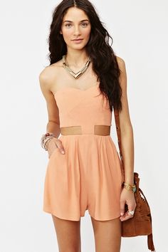 I've accepted the fact that my hips aren't made for these types of jumpers but I can still dream :) In love with this color!