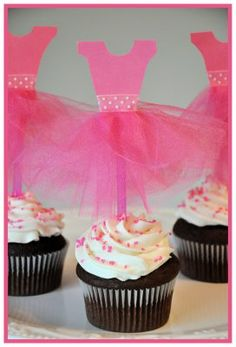 Ballet (or bridal shower) party cupcake topper using card stock, tulle, ribbon, and pink straws