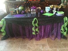 90 Trend of Descendants Party Ideas Maleficent Party, 9th Birthday Parties, 10th Birthday, Birthday Ideas, Lila Party, Cumpleaños Diy, Villains Party, Halloween Birthday, Princesas Disney