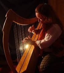 In 1991, when her daughter's rare, hand-carved harp was stolen, Lisby Mayer's familiar world of science and rational thinking turned upside ...