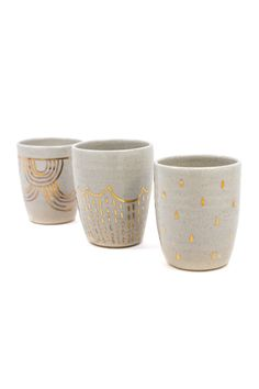 The flicker of gold in these mugs provide a truly glamorous touch without going over the top.