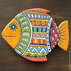 керамическая тарелка, рыба