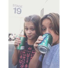 Mace Coronel and Lizzy Greene Nick Tv Shows, Old Tv Shows, Nickelodeon Girls, Nickelodeon Shows, Disney Channel, Dawn Harper, Dawn Pictures, Nicky Ricky, Cool Boys Clothes