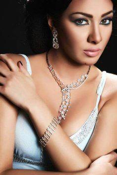 Mirhan hussein  Photo session accessories