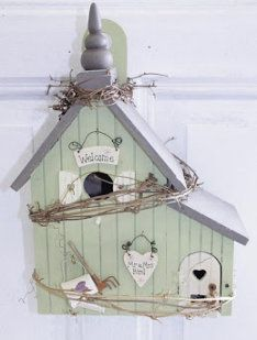 1000 images about casas de pajaros on pinterest wine - Manualidades de casas ...