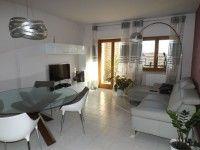 http://annuncigratistop.it/annunci/rif-207-appartamento-a-macchia-romana/