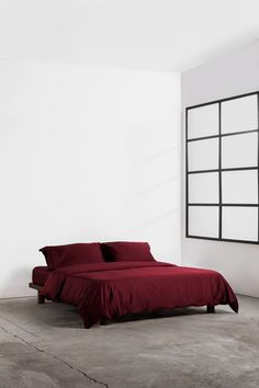 Give your bed an upgrade with our limited edition burgundy bedding set. Woven in our signature 400 thread count silky, smooth sateen fabric. Made of 100% premium cotton in Portugal. Beige Bedding Sets, Dark Grey Bedding, Burgundy Bedding, Striped Bedding, Green Bedding, White Bedding, Luxury Bedding, Duvet Covers, Portugal