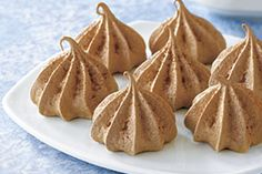 Chocolate Meringue Kisses by All You. MyRecipes recommends that you make this Chocolate Meringue Kisses recipe from All You Easy Cookie Recipes, Easy Desserts, Dessert Recipes, Passover Desserts, Frosting Recipes, Healthy Recipes, Chocolate Meringue Cookies, Chocolate Frosting, Kisses Recipe