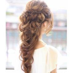 «Loving this bridal #hair »