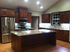 I just LOVE my new kitchen! Knotty Alder cabinets, Sienna Bordeaux granite and… New Kitchen Cabinets, Kitchen Flooring, Kitchen Backsplash, Kitchen Dining, Kitchen Decor, Kitchen Ideas, Granite Kitchen, Ikea Kitchen, Kitchen Styling