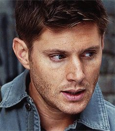 He's my best friend for life Jensen Ackles Supernatural, Supernatural Fan Art, Jensen Ackles Jared Padalecki, John Winchester, Jeffrey Dean Morgan, Best Friends For Life, My Best Friend, Supernatural Pictures, Prince