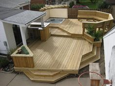 One of the things I REALLY want when we get a house is a HUGE deck!