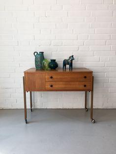 Vintage Nähkasten, Tisch Teak, Beistelltisch Mid Century, Rollwagen Vintage…